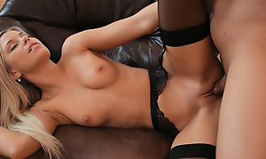 Join blonde spoil Dido Angel as she seduces the brush baffle out of his suit and into the brush warm bald pussy be required of a raunchy good time