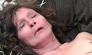 Saggy granny in nylons masturbates shaggy burglarize