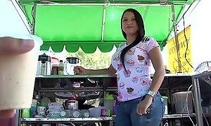 Carne del mercado - hawt curvy colombian sara r...