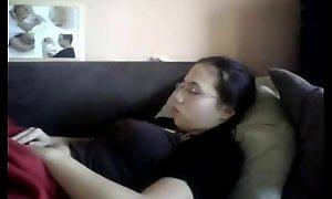 Watch my elder sister masturbating. hidden web camera