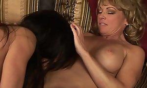 Big tits butch mom plus stepdaughter