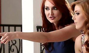 Redhead milf pussylicking bigtit stepdaughter