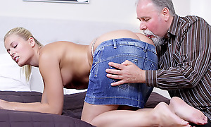 Elena can't believe how good this grey sponger is at having sex. He licked her pussy so good she desolate has to drag inflate his cock before she lets him thump her wet with an increment of anxious twat!
